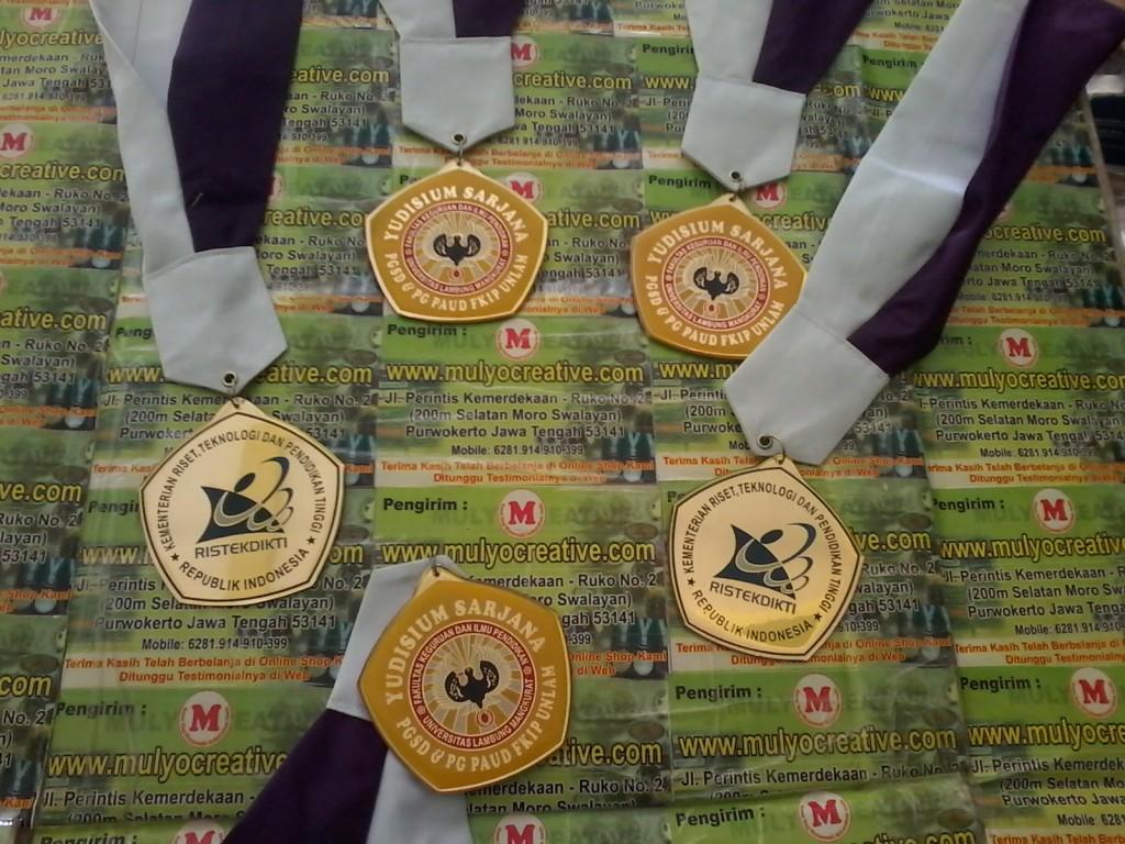 Pesan Mendali, Pesan Medali, Gordon Wisuda, Pelantikan, Kelulusan, Pesan, Bikin, Buat