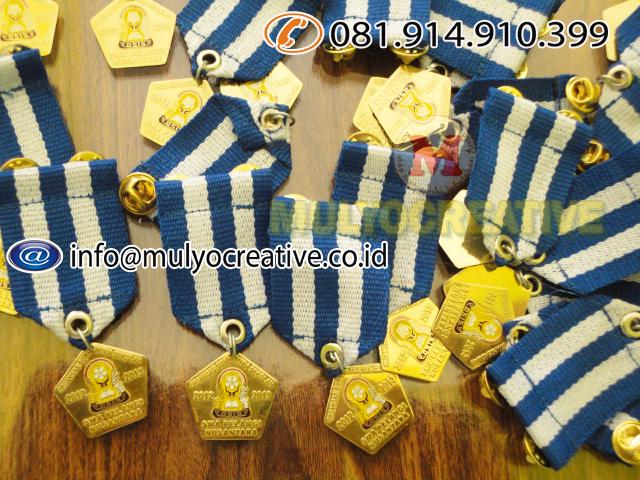 medali penghargaan
