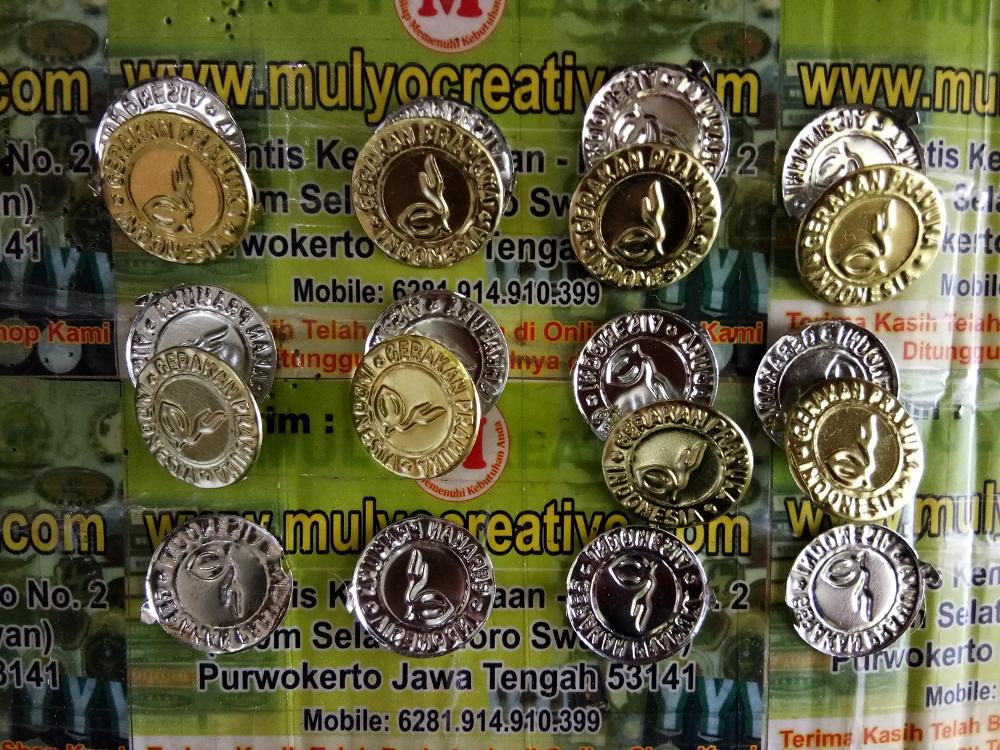 Emblem Topi Boni plat Kaleng Murah