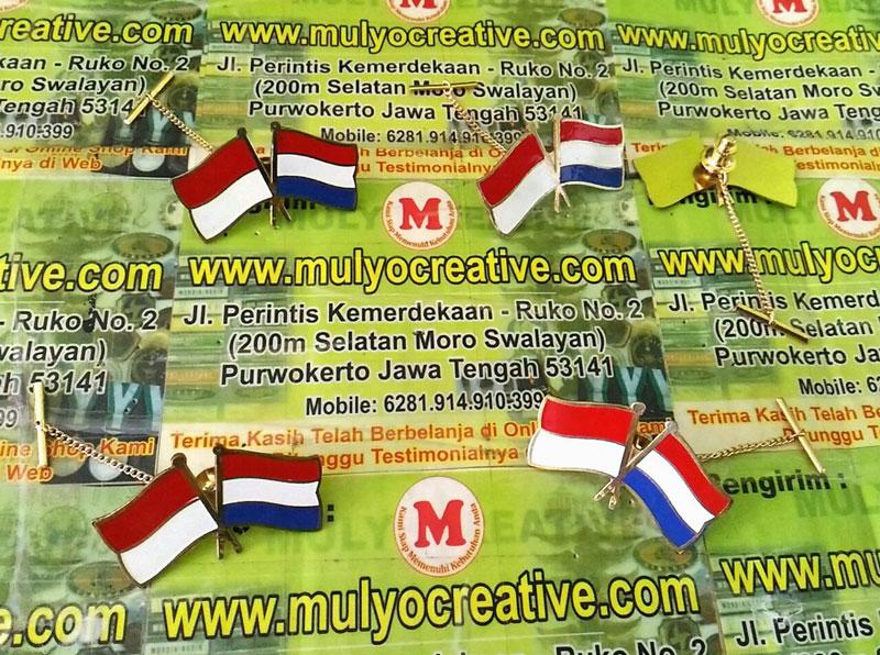 Pin Bendera Negara Indonesia Belanda
