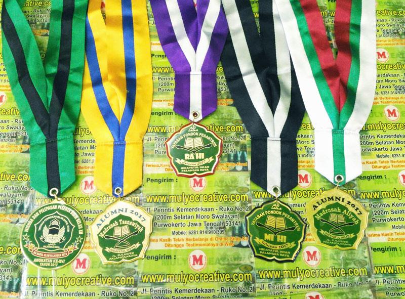 Wisuda Medali Yayasan Pondok Pesantren MTs Hidayatul Insan