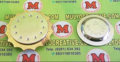 Pengait/ jepitan model magnet/ magnetic.