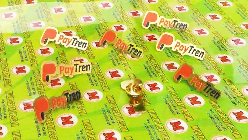 Emblem Paytren (Pin, Bros), dengan menggunakan logam kuningan