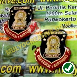 beli Lencana OSIS Custom Bahan Logam
